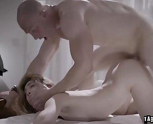 Horny stepbro pounded stepsis virgin vagina