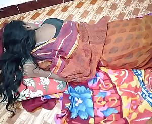 indian House wife sharing bed with her Husband friend when his hubby deeply sleeping