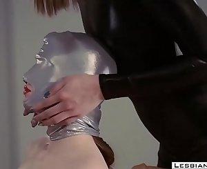 LesbianCUMS.com ⇨ Sexy Lesbo Dominatrix Hardcore Strapon Fucking
